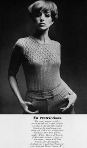 Skinny knitted sweater